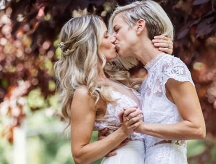אחרי שני נישואים לגברים – התחתנה עם אישה (צילום: אינסטגרם)