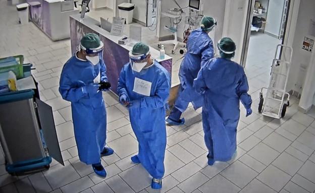 ביקר במחלקת קורונה באשדוד (צילום: N12)