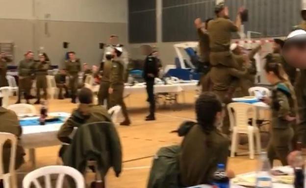 חיילים בבסיס אינם מקפידים על הנחיות משרד הבריאות