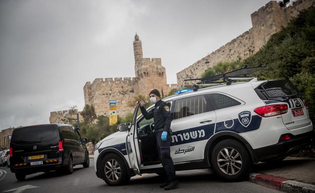 סגר בירושלים (צילום: יונתן סינדל, פלאש 90)