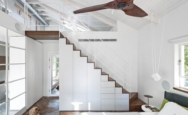 טל רוזין, גרם מדרגות (צילום: שי אפשטיין)