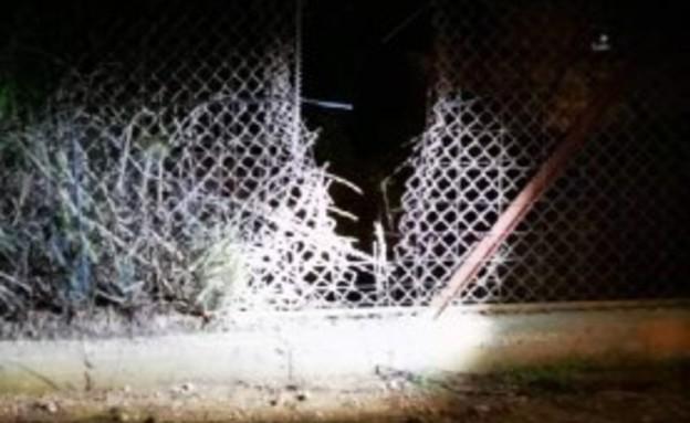 פירצה בגדר בגבול לבנון (צילום: ללא)