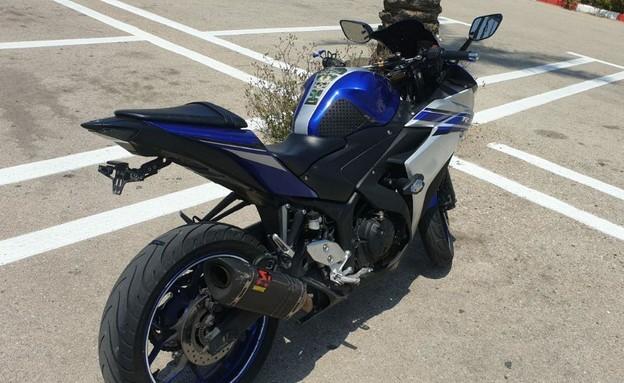 אופנוע שרוכבו נעצר בנתיבי איילון