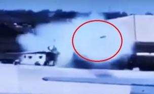 מתוך סרטון מצלמות האבטחה (צילום: aviation News 24x7, יוטיוב)