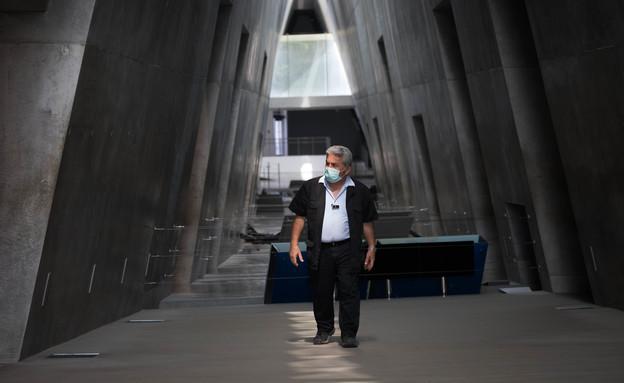 יום השואה 2020 (צילום: יונתן סינדל, פלאש 90)