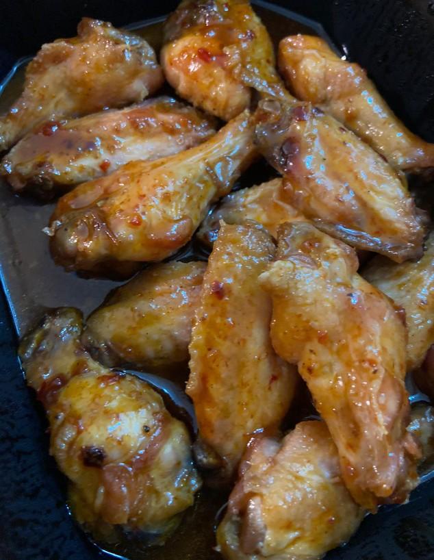 משלוח מדיינר R&R. כנפיים חריפות (צילום: צילום ביתי, אוכל טוב)