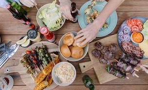 ארוחת יום העצמאות  (צילום: טל סיון ציפורין)