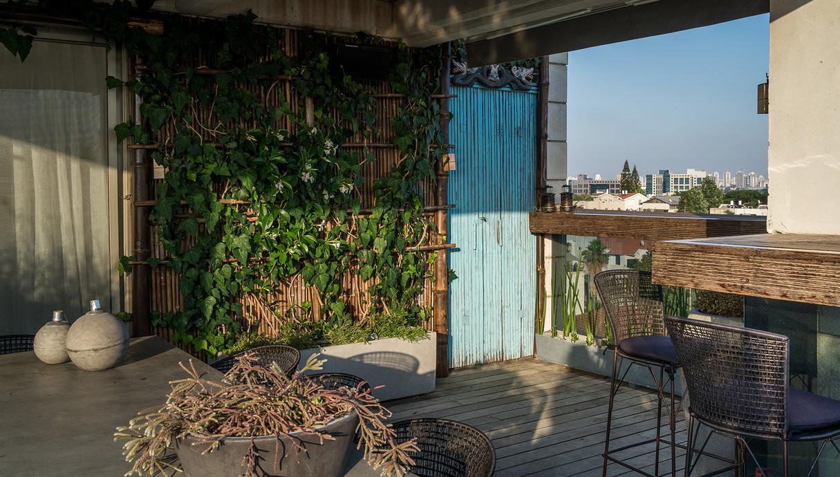 מרפסות שוות, ריזורט תיאלנדי בתל אביב עיצוב ענת סודרי - 1