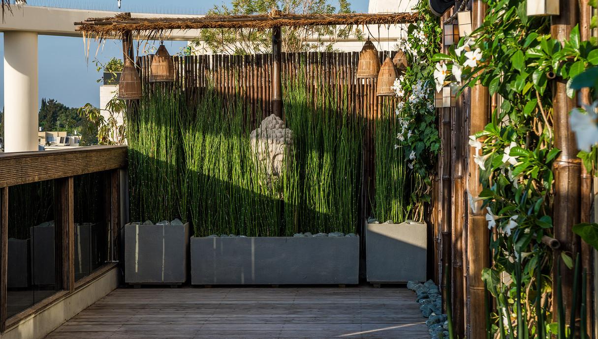 מרפסות שוות, ריזורט תיאלנדי בתל אביב עיצוב ענת סודרי