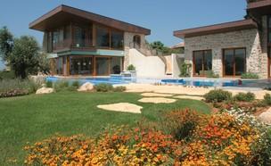 הבית בסדרות ישראליות, מסודרים (צילום: יונתן רושליין)