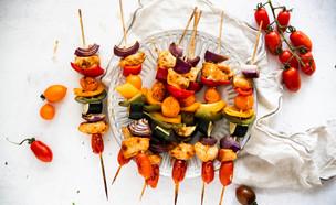 שיפודי עוף וירקות לילדים (צילום: שרית נובק - מיס פטל, אוכל טוב)