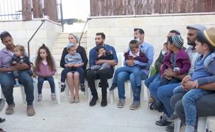 המשפחה המורחבת  (צילום: החדשות 12)