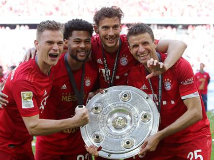 בגרמניה מקווים לחדש את הליגה בעוד 10 ימים (getty)