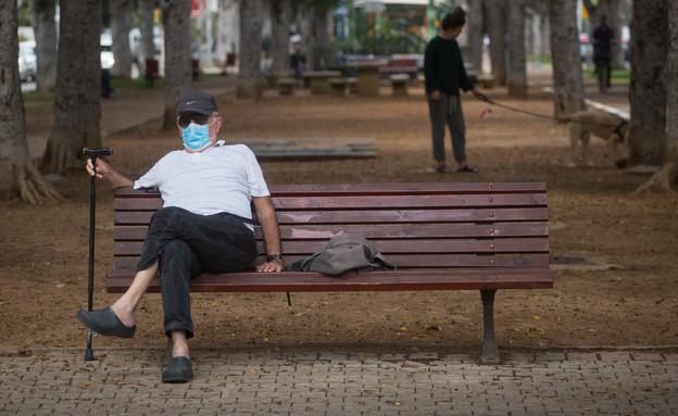 קורונה תל אביב מסכה ישראל