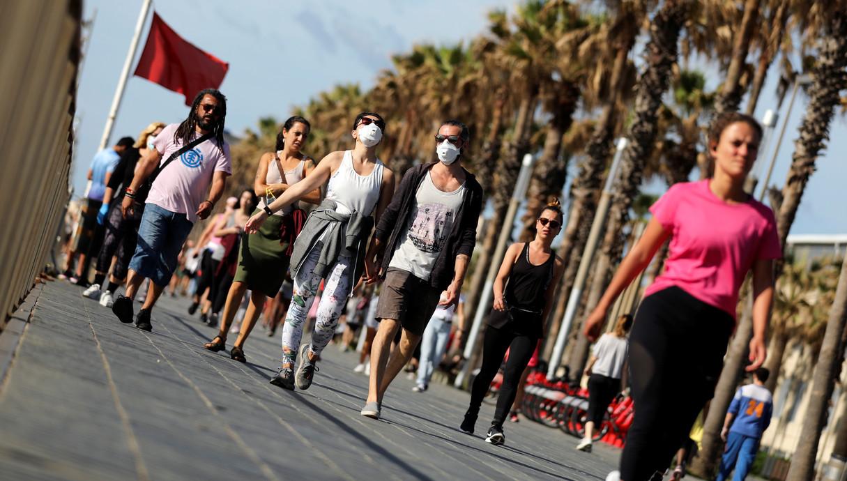 רצים במדריד, ספרד, אחרי ההקלות בהסגר
