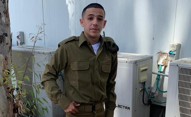 טום ברקוביץ' מתגייס לצבא. מאי 2020 (צילום: פרטי)