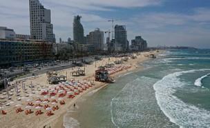 חוף הים בתל אביב (צילום: טל אלמוג, עיריית תל אביב יפו)