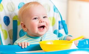 טעימות ראשונות לתינוק (צילום: Oksana Kuzmina, shutterstock)