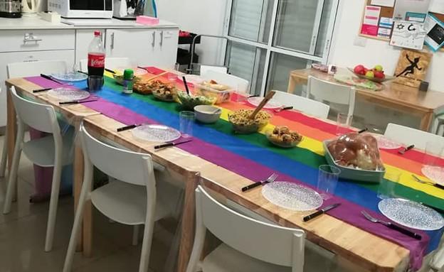 ארוחת שישי בגג הוורוד (צילום: צילום פרטי)