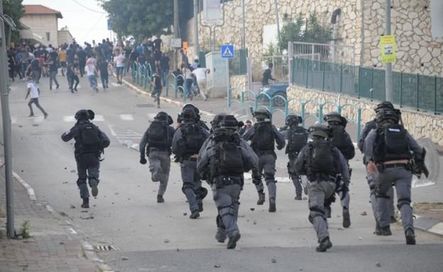 העימותים עם כוחות המשטרה, היום