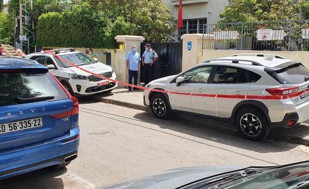 מחוץ לביתו של שגריר סין בישראל