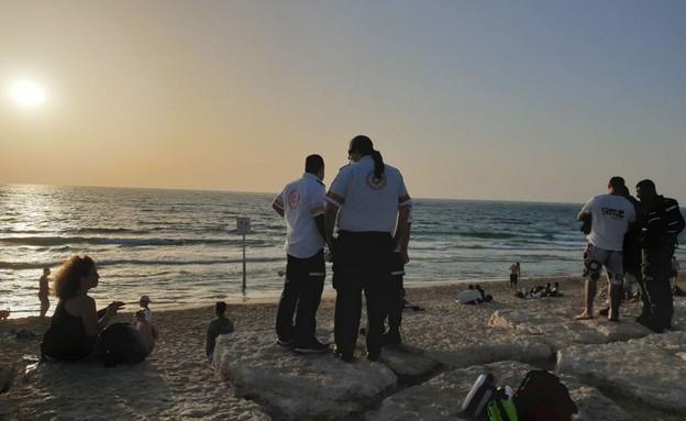 חוף מנטה ריי בתל אביב