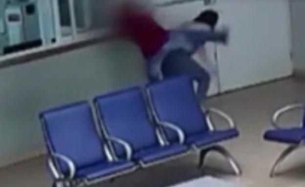 """נטליה פרוסקורוב הותקפה באכזריות על ידי מטופל (צילום: מתוך """"חדשות הבוקר"""" , קשת 12)"""