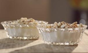 דייסת אורז (צילום: מתוך אמהות מבשלות ביחד, ערוץ 24 החדש)