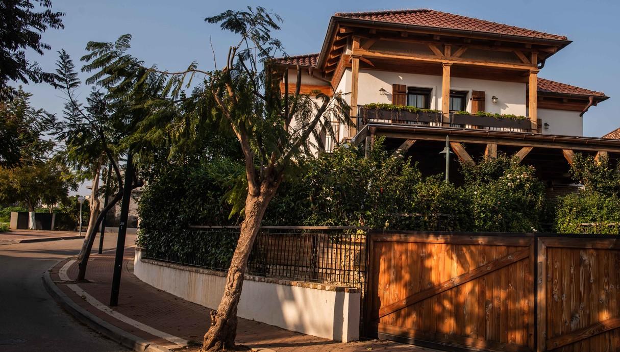 בית בסביון, עיצוב קורין הכט אמסלם, יעל אלמור אדריכלים - 32