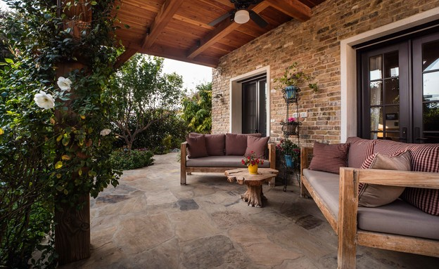 בית בסביון, עיצוב קורין הכט אמסלם, יעל אלמור אדריכלים - 33 (צילום: גלעד רדט)