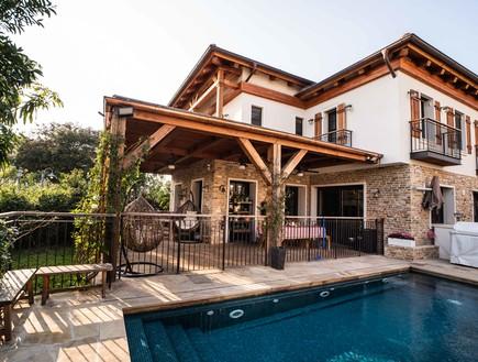 בית בסביון, עיצוב קורין הכט אמסלם, יעל אלמור אדריכלים - 35 (צילום: גלעד רדט)