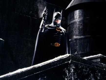 התלבושת של בטמן (צילום: Warner Bros. PicturesSunset BoulevardCorbis via Getty Images)
