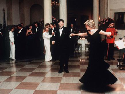 ג'ון טרבולטה והנסיכה דיאנה רוקדים בבית הלבן (צילום: Anwar Hussein  Contributor gettyimages)