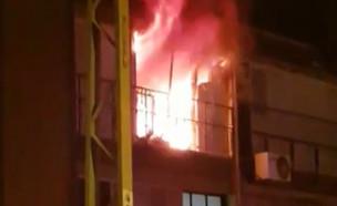 """הקורקינט החשמלי התלקח והדירה נשרפה  (צילום: מתוך """"חדשות הבוקר"""" , קשת 12)"""
