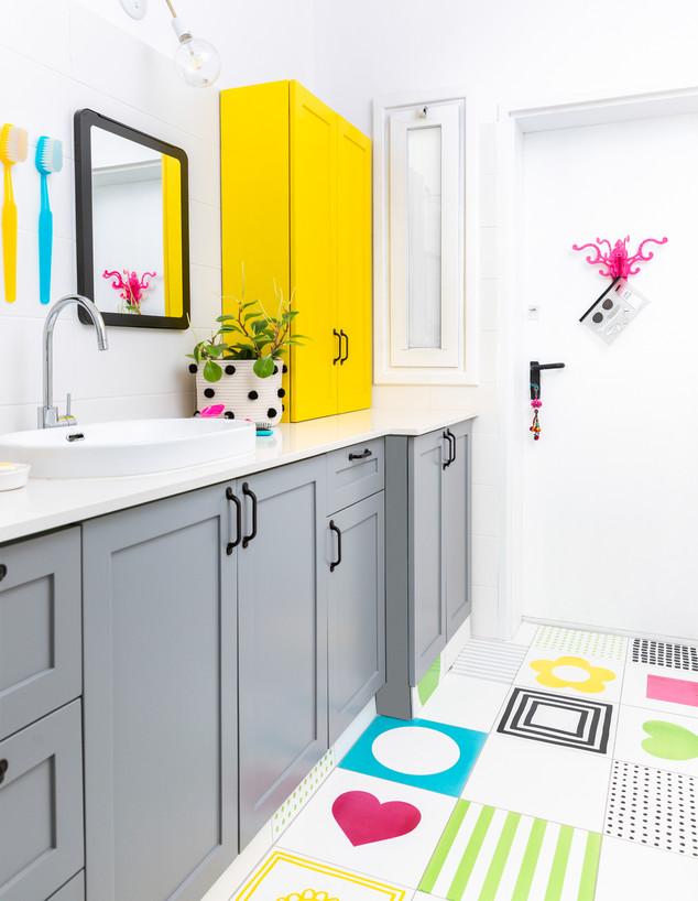 חדרי רחצה צבעוניים, ג, 2 עיצוב רונה קינן פיש