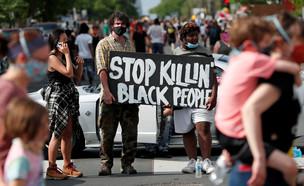 ההפגנות במיניאפוליס בעקבות מותו של ג'ורג' פלויד (צילום: אריק מילר, רויטרס)