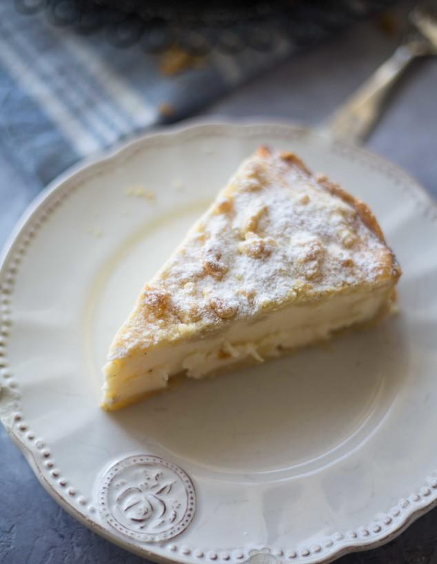 פאי גבינה לימון פירורים - פרוסה