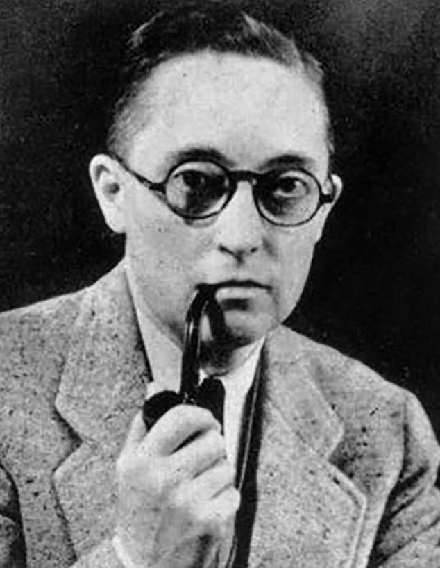 אלאן ל. הארט (צילום: ויקיפדיה)