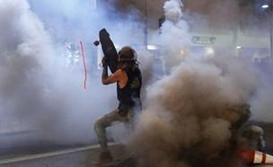המחאה האלימה באטלנטה ג'ורג'יה (צילום: AP)