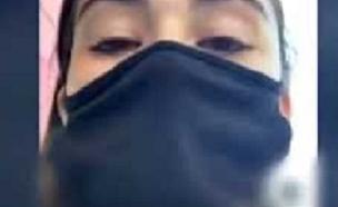 מדיסון בהפגנה (צילום: צילום מסך יוטיוב)