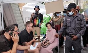 שאול מזרחי נדרש לפנות את מאהל המחאה (צילום: אריאל עפרון)