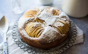 עוגת תפוחים שקועים (צילום: קרן אגם, אוכל טוב)