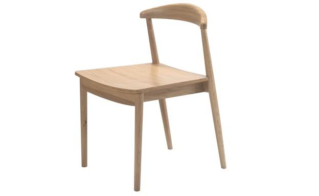 הזורע, כיסא 490 שקל במקום 1,290 שקל (צילום: ישראל כהן)