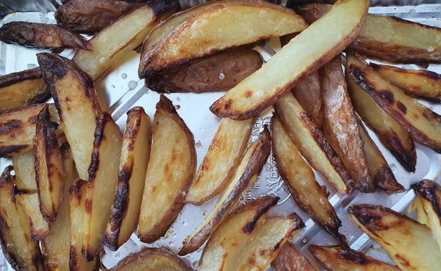 צ'יפס בתנור (צילום: צילום ביתי, אוכל טוב)
