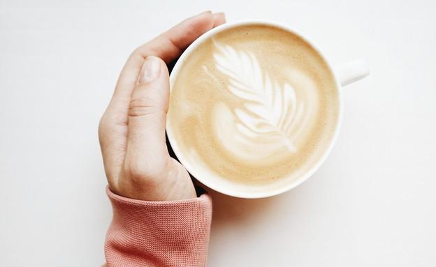 קפה הפוך (צילום: engin-akyurt, unsplash)