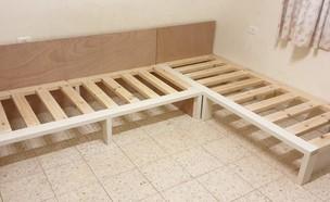 בניית ספה (צילום: שי קופלוביץ')