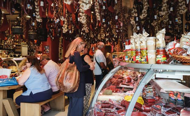שוק האוכל של אתונה (צילום: Nataliia Sokolovska)