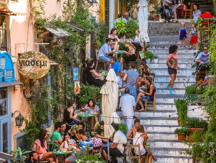 יוון תהפוך לאדומה? בינתיים זו ספקולציה