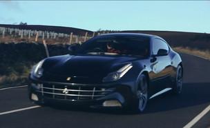 """המכונית החדשה של עומר אדם (צילום: מתוך """"ערב טוב עם גיא פינס"""", קשת 12)"""