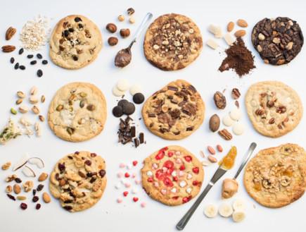 עוגיות הבית ושלל תוספות אפשריות. סיר פלא